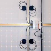 APSYSTEMS-YC1000-4panels-side-sm