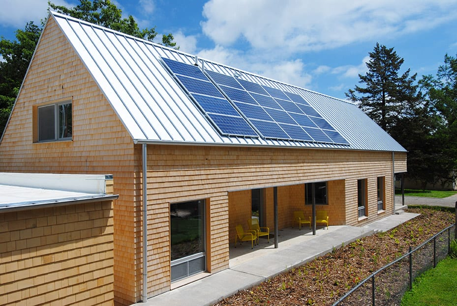University of kansas usa architecture students take for Solar efficient house design